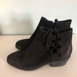 """Steve Madden """"Ravie"""" boots"""